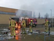 Steekpartij en tientallen brandjes, maar vooral heel veel Zoetermeerders die thuis bleven bij de oliebollen