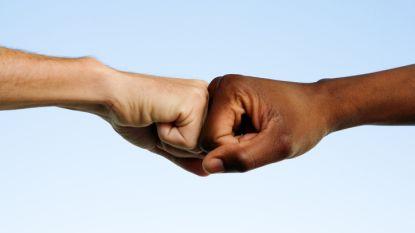Aantal racismeklachten bij Unia op vijf jaar tijd met de helft toegenomen