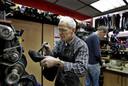 Het 6%-tarief geldt bijvoorbeeld voor de kapper, het personenvervoer en de schoenmaker