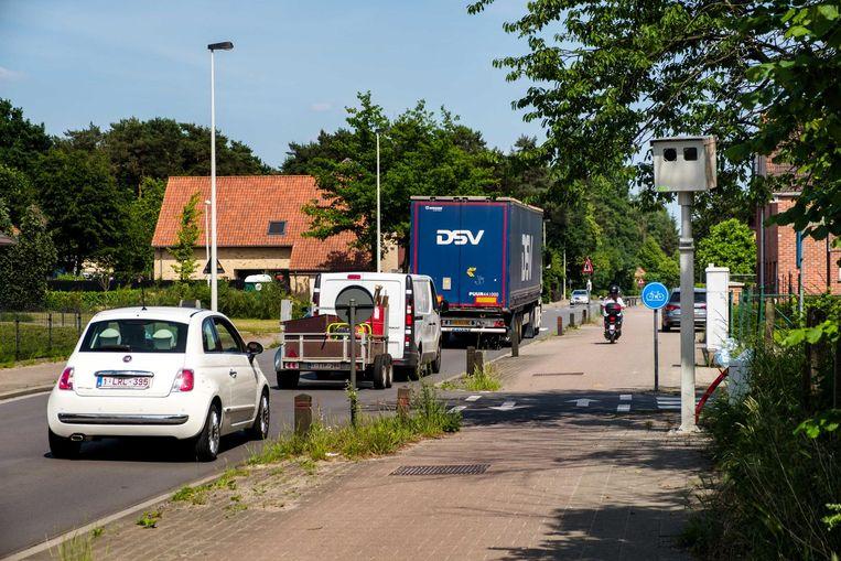 De flitspaal aan de Zandhovensesteenweg kwam er het voorbije voorjaar bij.