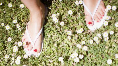 Waarom je deze zomer beter niet te vaak slippers draagt