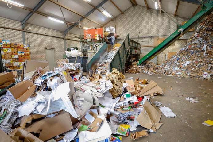 Er is onduidelijkheid over het inzamelen van oud papier in de gemeente Hof van Twente.