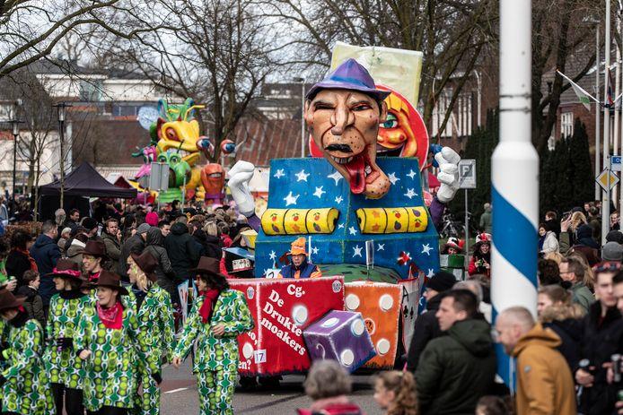 Beeld van de carnavalsoptocht in Didam op 1 maart  dit jaar.  De optocht  werd een week uitgesteld omdat storm Ellen parten speelde tijdens het carnaval.