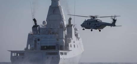 Nederlands marineschip onderschept 857 kilo cocaïne in de Caribische zee