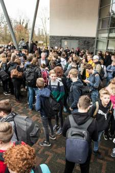 Docent die porno keek op school Lochem mocht terugkeren, maar 'wilde zelf niet'
