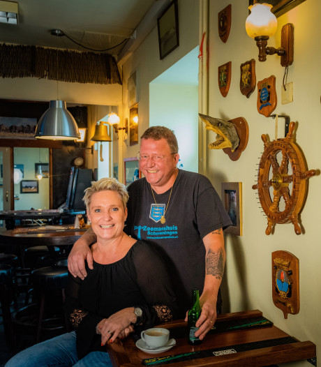 Dick werd gered door zijn Sonja: 'Als je probeert door de ruit van je huis naar binnen te komen dan heb je wel te veel op'