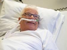 Geen kreeft met zijn vrouw, maar kerst in een ziekenhuisbed voor Heinz (79) uit Epe: 'Gelukkig zijn de verplegers aardig'