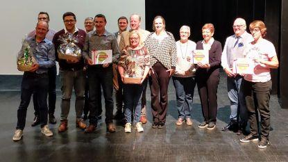 Gemeente reikt prijzen uit van 14de zomerzoektocht: succesvolle editie met recordaantal deelnemers