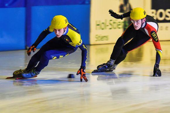 Leander Schepers in actie op het ijs.