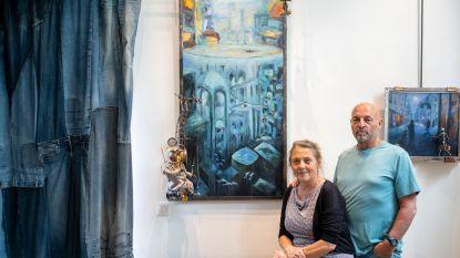 """Kunstenaarskoppel exposeert unieke 'me(n)tale schilderijen': """"Hier zijn al bezoekers wenend buitengegaan"""""""