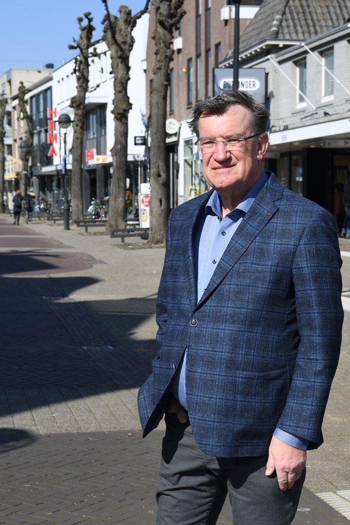 """Henk Hellegers uit Wouw: ,,Als bestuurder moet je rationele beslissingen nemen, juist in deze situatie."""""""