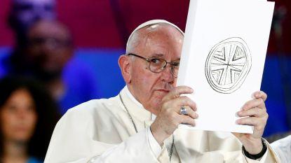 Paus Franciscus vraagt vergiffenis voor kindermisbruik binnen Katholieke Kerk