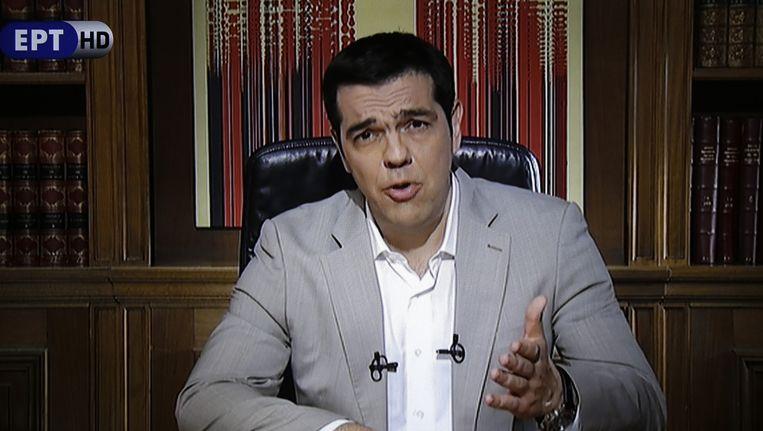 De Griekse premier Tsipras bevestigde in een televisietoespraak dat de Griekse banken voorlopig gesloten blijven.