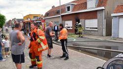 Dina (90) probeert brandende frietketel buiten te zetten, maar kan niet verhinderen dat haar huis uitbrandt