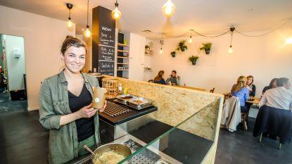 Bankierster opent eigen vegetarische foodbar Pasta PUUR langs Albrecht Rodenbachtstraat