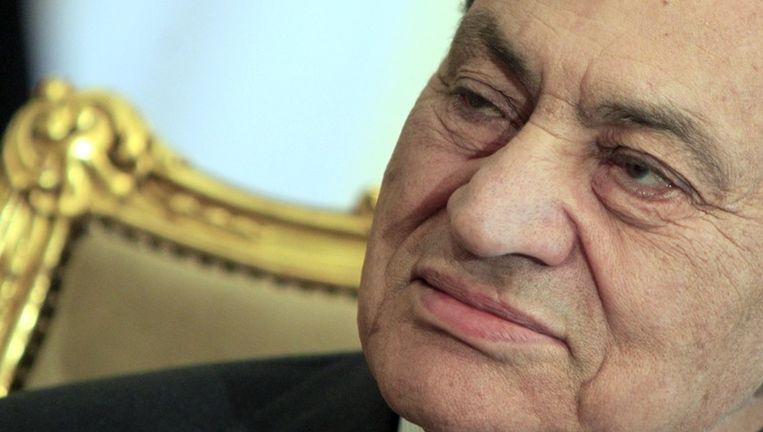 Hosni Mubarak, geportretteerd in zijn paleis in Caïro. Beeld ap