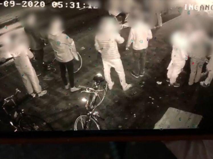 Heftig! Auto ramt jonge cafébezoekers Brabant
