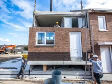 Dertien nieuwe huizen in twee weken tijd in Sint Jansteen