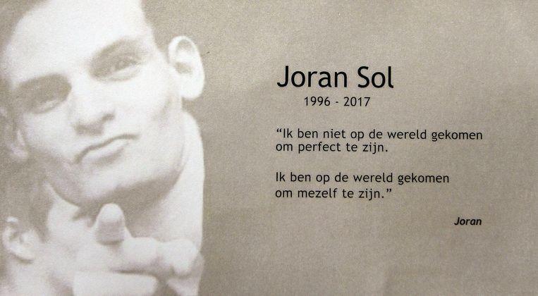 Op het bidprentje staat een citaat van Joran over hoe hij in het leven stond.