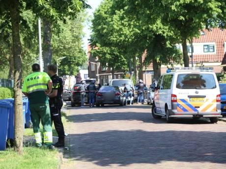 Arrestatieteam haalt verdachte uit woning Soesterkwartier