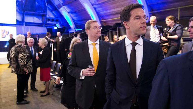Premier Mark Rutte (R) tijdens de start van het tweedaags VVD-congres. Beeld anp