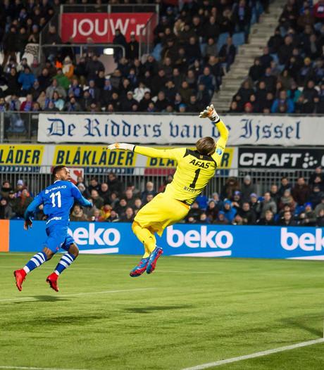 PEC Zwolle laat zege tegen AZ liggen na gemiste penalty: 1-1