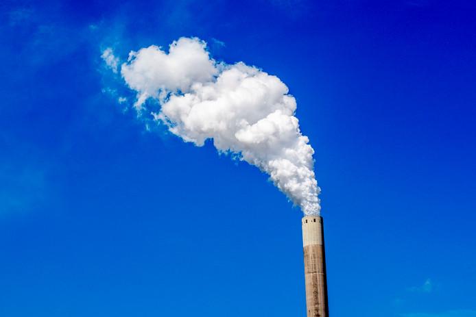 De CO2-uitstoot is vorig jaar toegenomen.