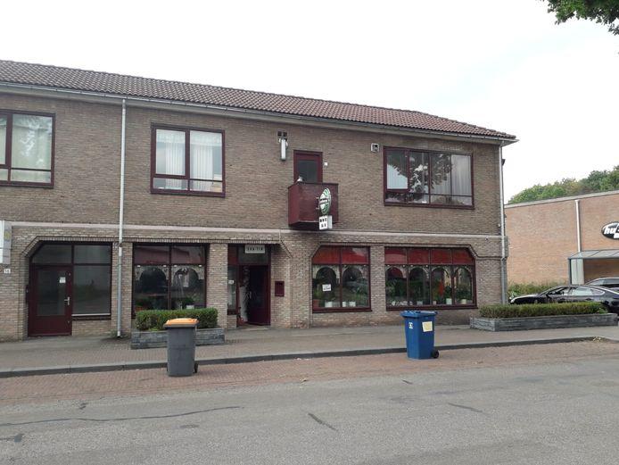 Chinees specialiteitenrestaurant Sha-Tin zit nu nog aan de Molencatenlaan in Ugchelen maar verhuist naar Zevenhuizen.