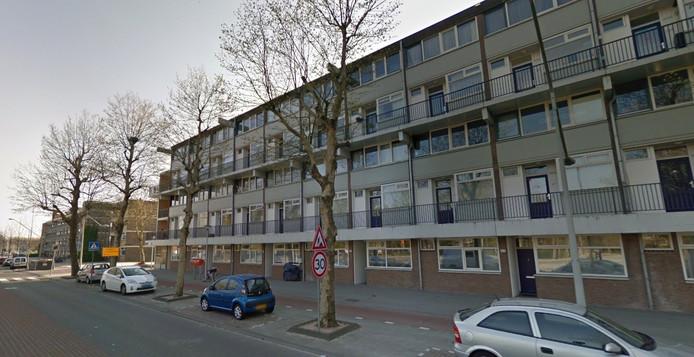 Een woning aan de Dr. H. Colijnstraat in Geuzenveld is per direct gesloten.