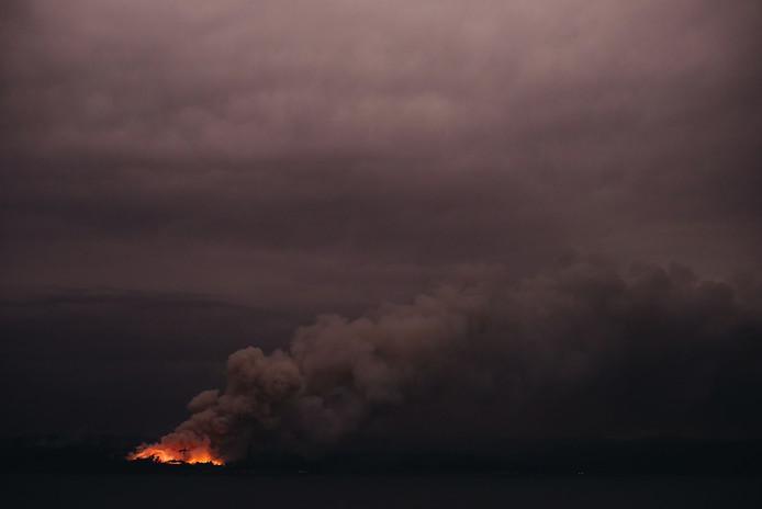 Een foto van het vuur bij de kust van Eden in New South Wales.