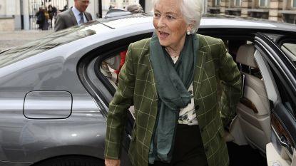 """Koningin Paola heeft ziekenhuis verlaten: """"Ze houdt geen blijvende letsels over"""""""