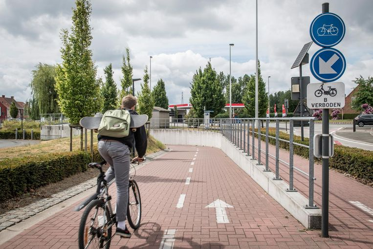 Ook de twee fietserstunnels onder de Rijksweg zitten in het parcours.