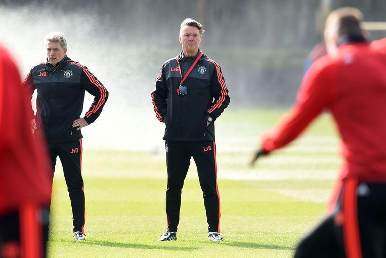 Op het veld bij een trainingssessie voor de Europa Leaguewedstrijd tegen Liverpool. Beeld AFP