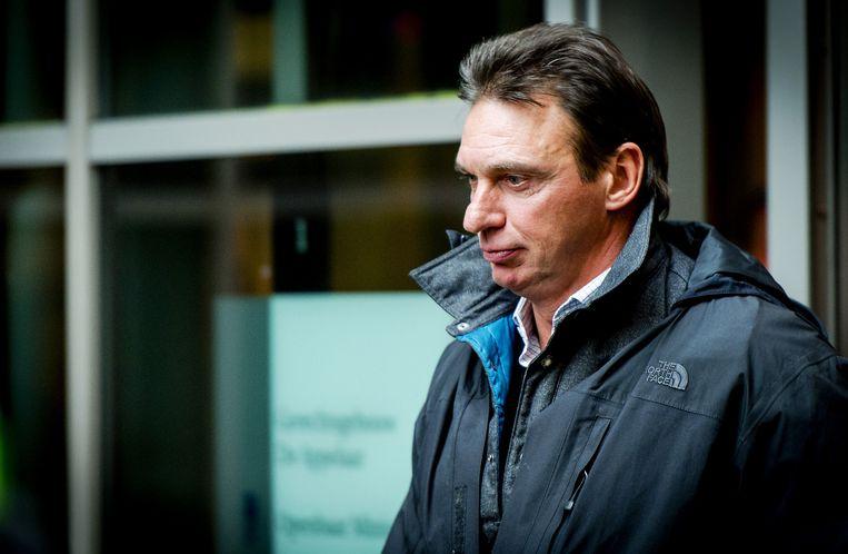 Willem Holleeder verlaat in 2014 de rechtbank in Haarlem.  Niet lang daarna werd hij gearresteerd.  Beeld anp
