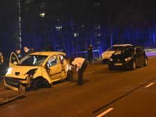 Automobilist bekneld bij eenzijdig ongeval op Nieuwe Dukenburgsebrug in Nijmegen