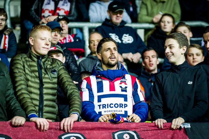 Fran Sol in het uitvak bij de wedstrijd tussen AZ en Willem II.