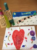 'Deze verrassing stond als flessenpost bij ons aan de deur. Door de kleinkinderen Iza en Zara gemaakt.'