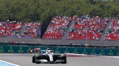 Hamilton rijdt onbedreigd naar zesde GP-winst van het seizoen in Frankrijk