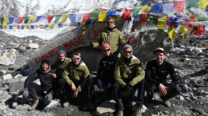Borlées en co bereiken Everest Base Camp
