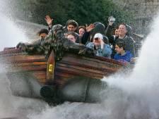 Jonge Apeldoornse vluchtelingen genieten dagje in de Efteling