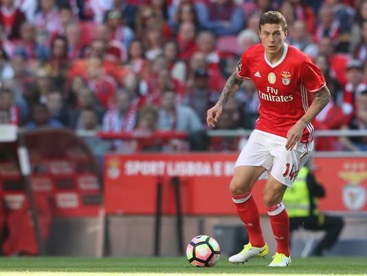Lindelöf in het shirt van Benfica
