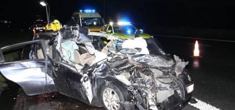 Quatre jeunes en danger de mort après une collision avec un camion sur l'E17