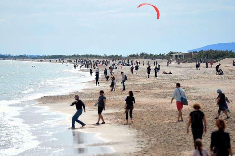 Zaterdag gingen in Frankrijk de stranden weer open.