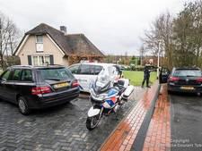 Politie zoekt overvallers woning in De Lutte