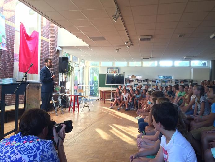 Staatssecretaris Dijkhoff op basisschool Laurentius in Breda.