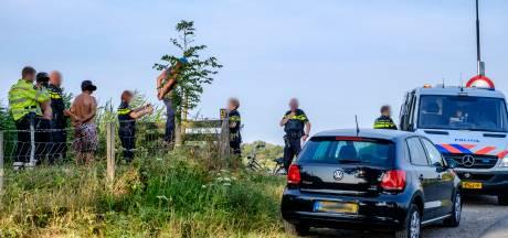 Vijf mannen nog vast na stropen in Waverveen