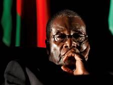 Robert Mugabe stapt op als president van Zimbabwe