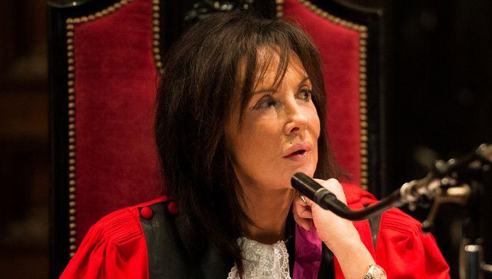 Karin Gerard raakte bij het grote publiek bekend door het assisenproces tegen de moordenaars van politieagente Kitty Van Nieuwenhuyse.