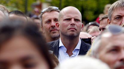 """Francken wil snel extra crisiscentrum""""maar hij kreeg al geld voor plaatsen die er nog altijd niet zijn"""""""