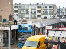Afpellen winkelcentrum Kerschoten begin van opknapbeurt
